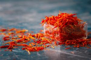 چرا زعفران گران هست